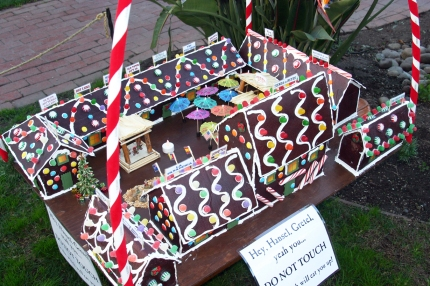 Fiesta de Gingerbread was created by Historic Interpreter Eric Minella.